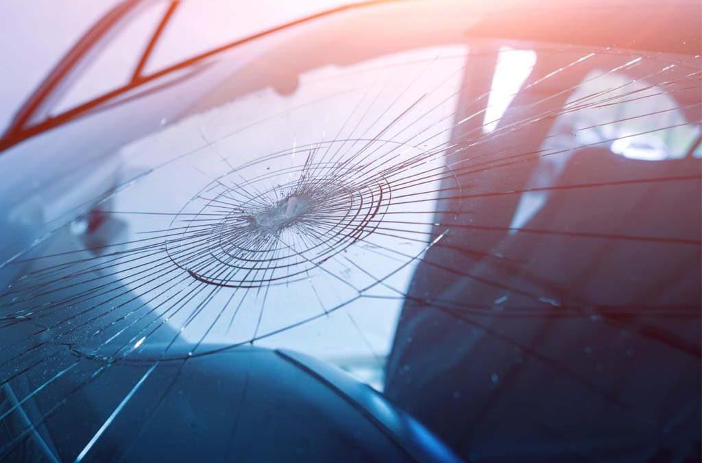 Treshchina vetrovogo stekla problema reshaemaya.